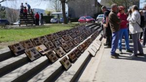 Journée d'inauguration des plaques à St Jean de Vaulx.Les plaques terminés.